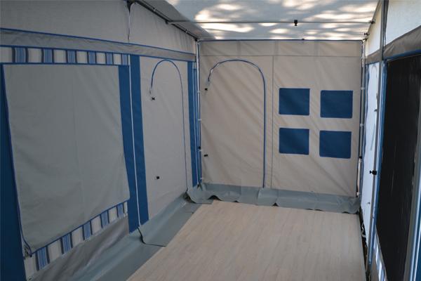 Pavimento In Plastica Per Campeggio.Pavimento Per Veranda Roulotte In Stuoia Legno O Plastica